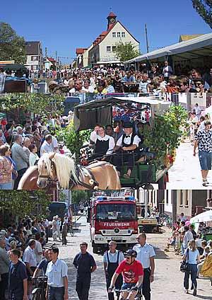 17. bis 19.08.2003:Der ganze Ort feiert mit den Helfern ein Danke-Fest unter dem Motto: Wir sind wieder aufgetaucht!